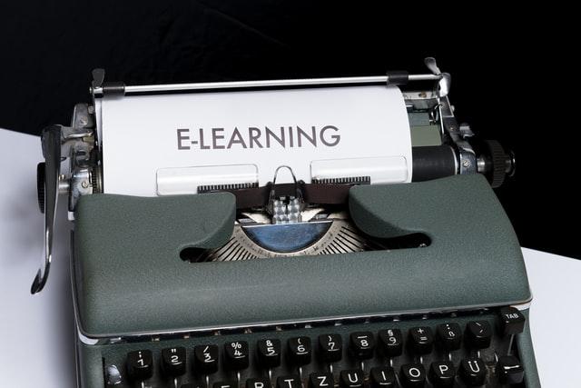 E-učenje ali na komadu stare tehnologije