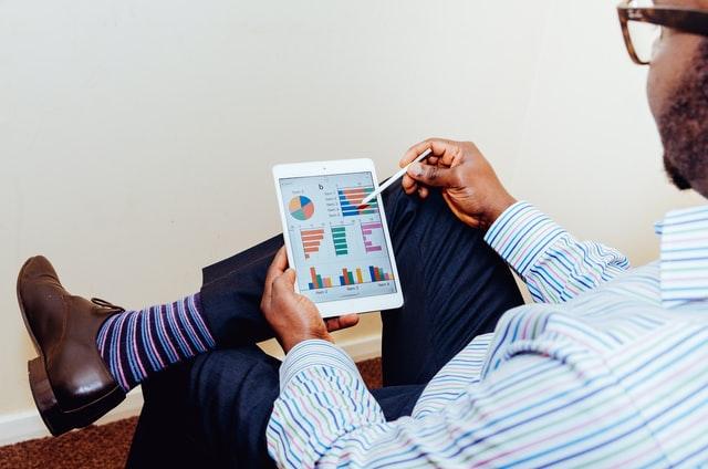 Revidiranje strateškog plana na tabletu